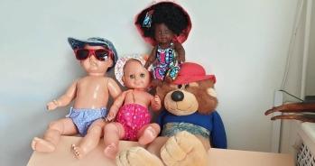 ook de poppen van Rani's Speelhuis zijn hitte proef